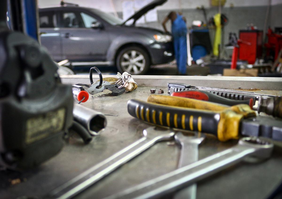 Dowiedz się, jakie są najbardziej niezawodne samochody używane. Poznaj, w jaki sposób oceniano ich niezawodność oraz dlaczego warto przed zakupem auta zobaczyć ranking marek samochodowych.  Fot. Janusz Wójtowicz