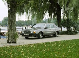 Volvo 760 I (1982 - 1990) Sedan
