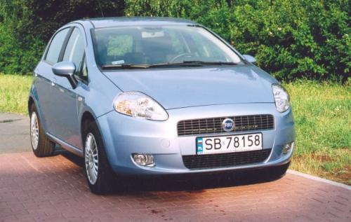 Fot. Zdzisław Podbielski: Fiat Grande Punto ma nadwozie opracowane przez G. Giugiaro i zaliczane do wysokiej klasy wzornictwa użytkowego