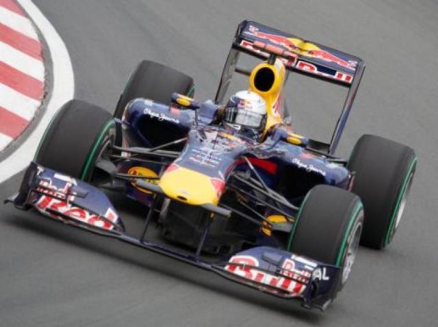 GP Chin - dominuje Sebastian Vettel z Red Bulla