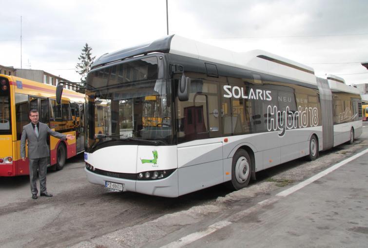Jeden z dwóch hybrydowych Solarisów testowanych przez kieleckie MPK