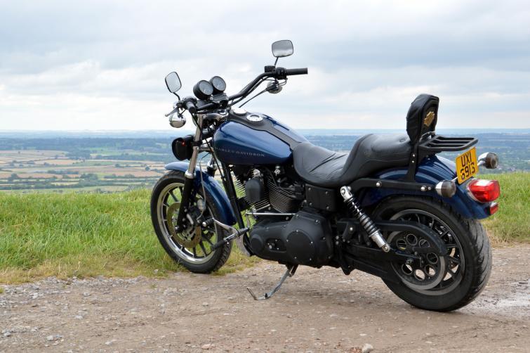 W przeciwieństwie do samochodów z Wielkiej Brytanii motocykle można u nas rejestrować bez problemu