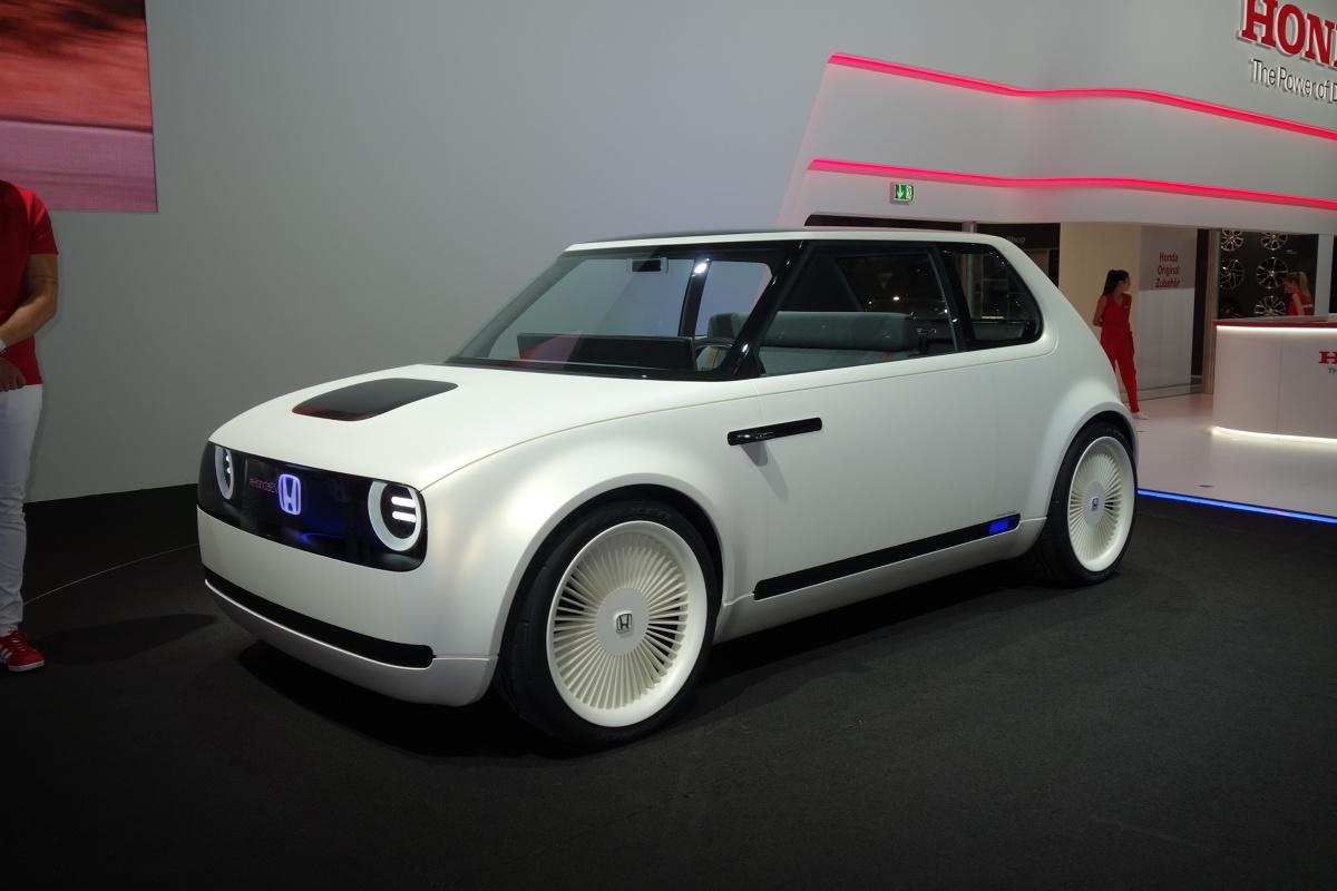Honda Urban Ev >> Samochody elektryczne na salonie samochodowym we Frankfurcie
