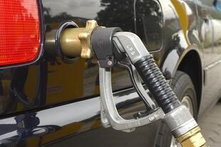 Auto na gaz. Które modele samochodów mają fabryczną instalację? Czy to dobre rozwiązanie?