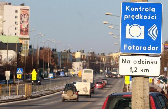 Straż miejska masowo łamie prawo ustawiając fotoradary