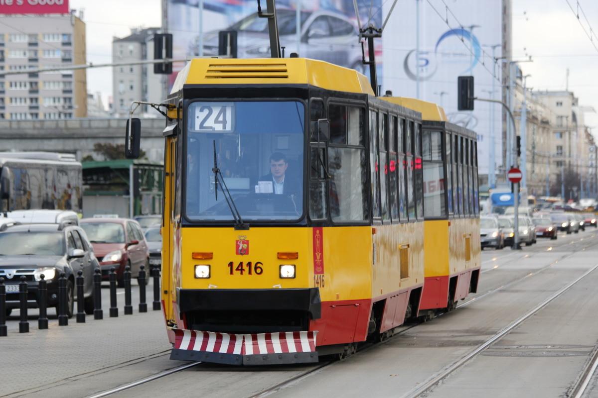 Dzień bez samochodu to międzynarodowa kampania obchodzona każdego roku 22 września. Tego dnia w wielu miastach w całej Polsce właściciele samochodów lub wszyscy podróżni mogą bezpłatnie podróżować komunikacją miejską.  Fot. Joanna Zakrzewska
