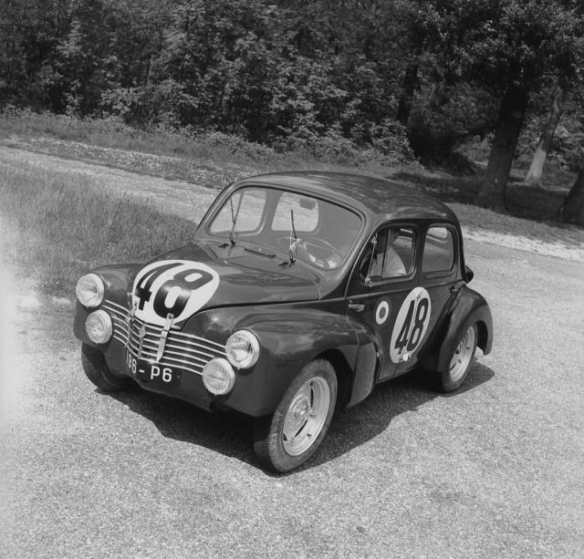 zdjęcie Renault 4CV