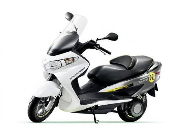 Suzuki Burgman Fuel-Cell dla krajów Unii Europejskiej