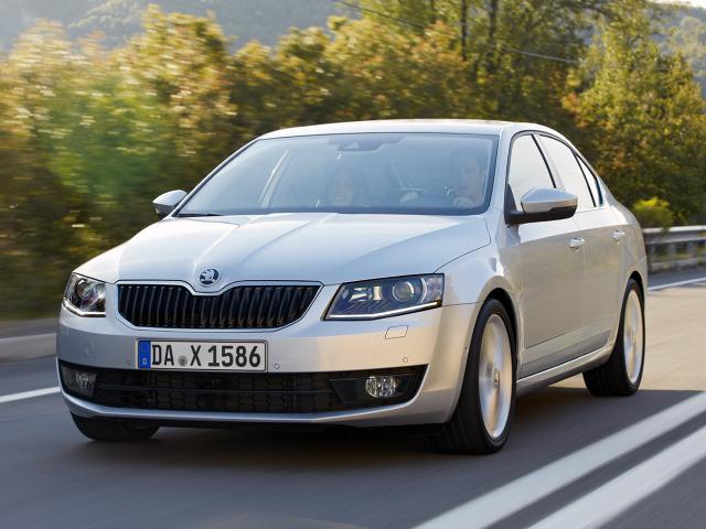 Skoda Octavia kontra Volkswagen Jetta