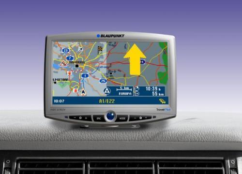Fot. Blaupunkt: Korzystanie z systemu nawigacji satelitarnej jest bardzo wygodne. Dzięki stworzeniu odpowiednich map naszego kraju, GPS zaczął się rozpowszechniać również w Polsce.