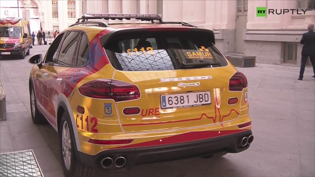Luksusowa Karetka Porsche W Madrycie Video Porsche