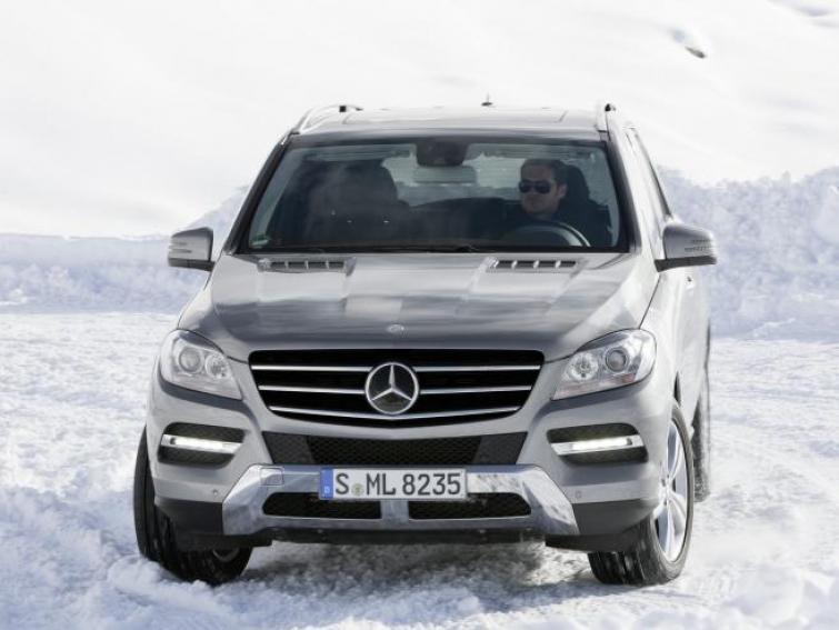 Wymiana opon na zimowe to tylko początek przygotowań samochodu na śniegi i mrozy