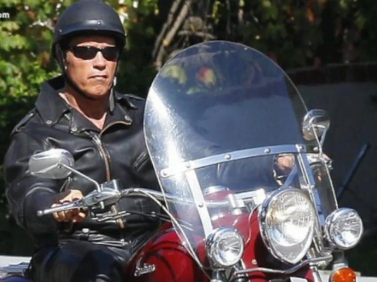 Gwiazdy kochają motocykle. Zobacz czym jeżdżą