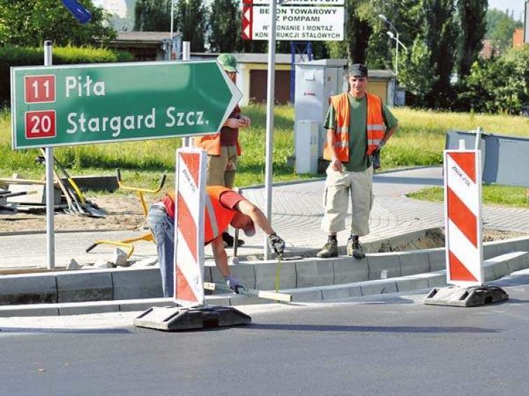 Utrudnienia na DK 11. W Szczecinku remontują ronda