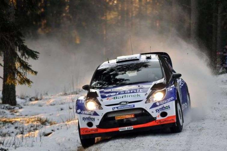 Rajd Szwecji 2012: Sołowow 18. po pierwszym etapie