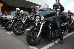 Polisa OC i AC dla motocykla. Właściciele jednośladów mają problem