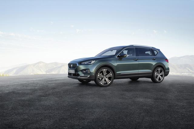 Seat Tarraco   SEAT debiutuje z największym SUV-em w swojej gamie modelowej. Tarraco, zapowiedź nowej linii stylistycznej producenta, będzie dostępny z silnikami 1.5 TSI oraz 2.0 TDI, a także w wersjach Style i Xcellence.   Fot. Seat