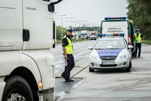 Kontrola drogowa. Które służby mogą kontrolować kierowców?