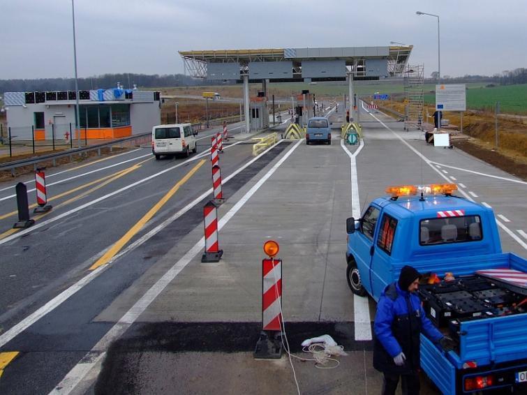 Autostrada A4. Opóźnienie w budowie bramek do poboru opłat