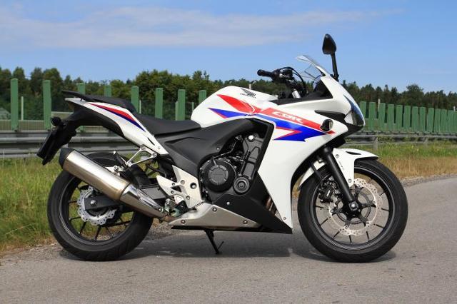 Testujemy: Honda CBR500R – A2 na sportowo (WIDEO)