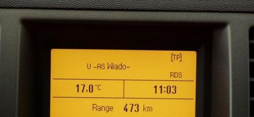 Fot. R. Polit: W wielu samochodach fabrycznie montuje się czujniki temperatury zewnętrznej. W zimie ostrzegają one kierowcę o możliwości wystąpienia oblodzenia jezdni.