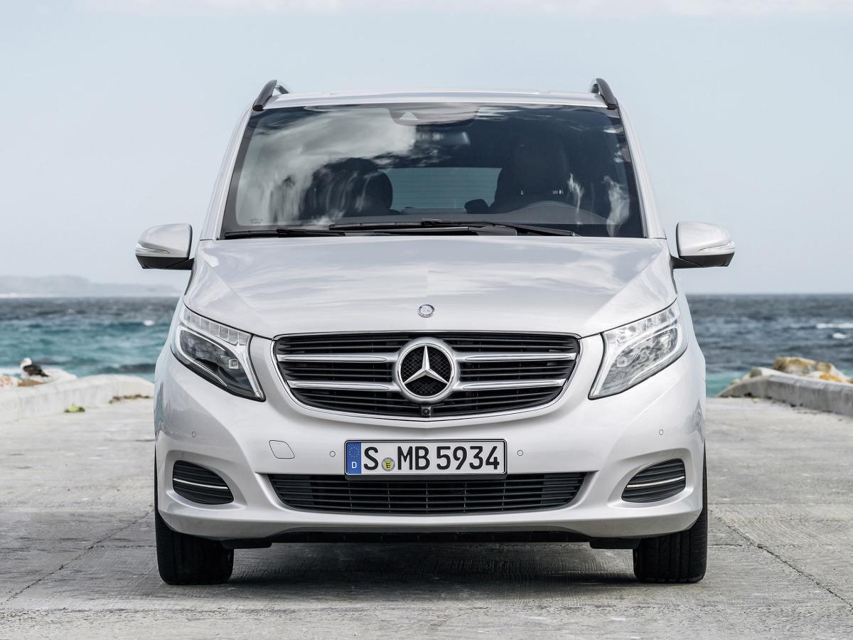 Nowy mercedes benz klasy v mercedes benz klasy v fot for Mercedes benz v