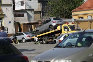 Stawki za odholowanie pojazdów w 2022 roku. Będzie drożej! O ile?