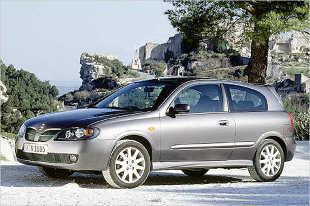 Nissan Almera II (2000 - 2006) Hatchback