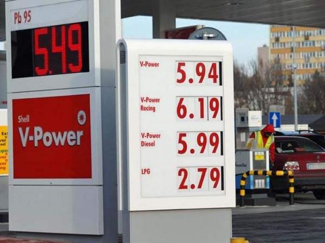 Strasznie drogie paliwo. Ceny rosną i będą rosnąć