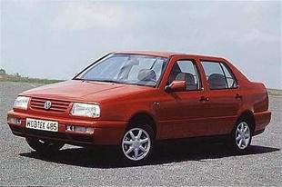 Volkswagen Vento (1992 - 1999) Sedan