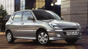 Daihatsu Sirion I (1998 - 2004) Hatchback