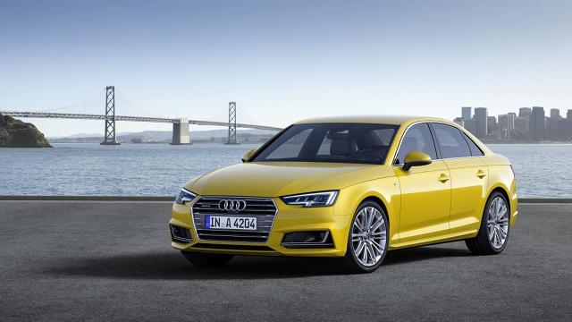 Audi A4 B9 / Fot. Audi  Audi zaczęło ujawniać ceny nowego A4. Na niemieckim rynku sedan ze 150-konnym 1.4 TSI został wyceniony na 30 650 euro. Za kombi trzeba będzie zapłacić 1850 euro więcej. Obie wersje nadwoziowe pojawią się w salonach jesienią bieżącego roku.