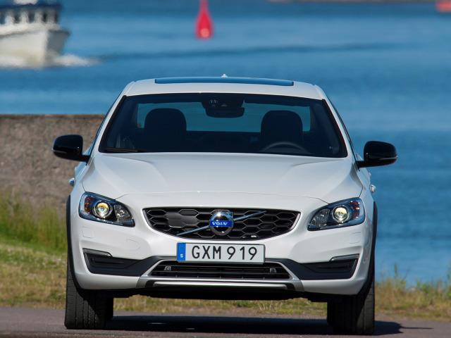 zdjęcie Volvo S60 Cross Country