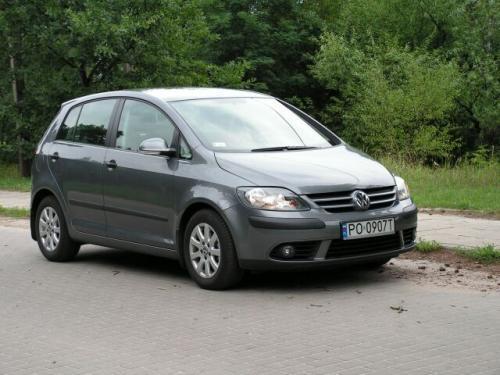 Fot. Ryszard Polit: VW Golf Plus jest o 9,5 cm wyższy od Golfa. Plus ma też kilka innych zalet.