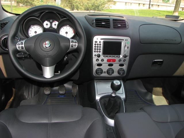 zdjęcie Alfa Romeo GT 3,2 240 KM