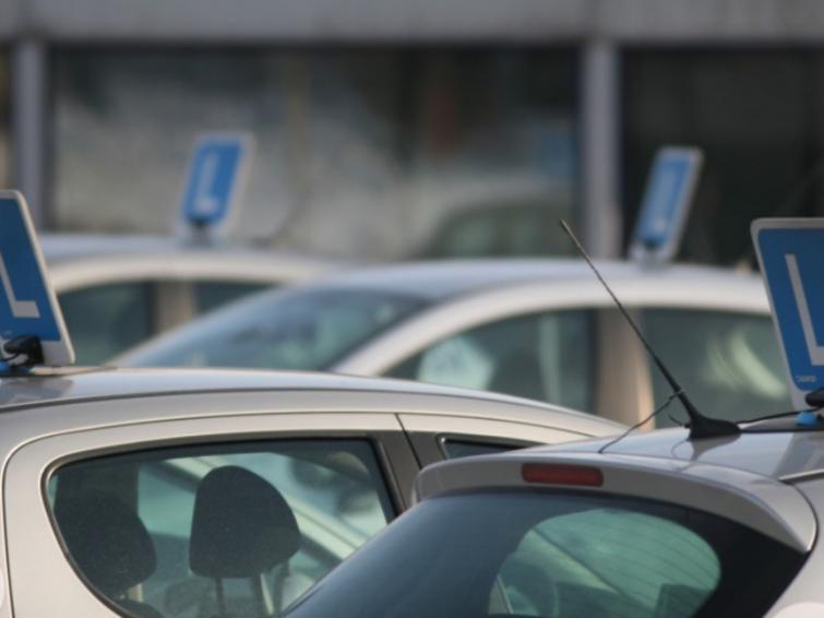 Robisz prawo jazdy na Podkarpaciu? Sprawdź, gdzie uważać