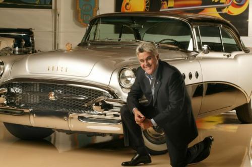 Fot. GM: Jay Leno przy swoim Buicku.