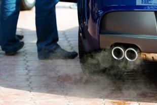 Normy emisji spalin. Emisje CO2 nowych samochodów w Europie najwyższe od 2014 roku