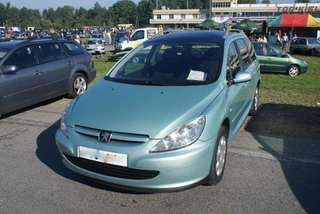 Giełdy samochodowe w Kielcach i Sandomierzu (04.09) - ceny i zdjęcia