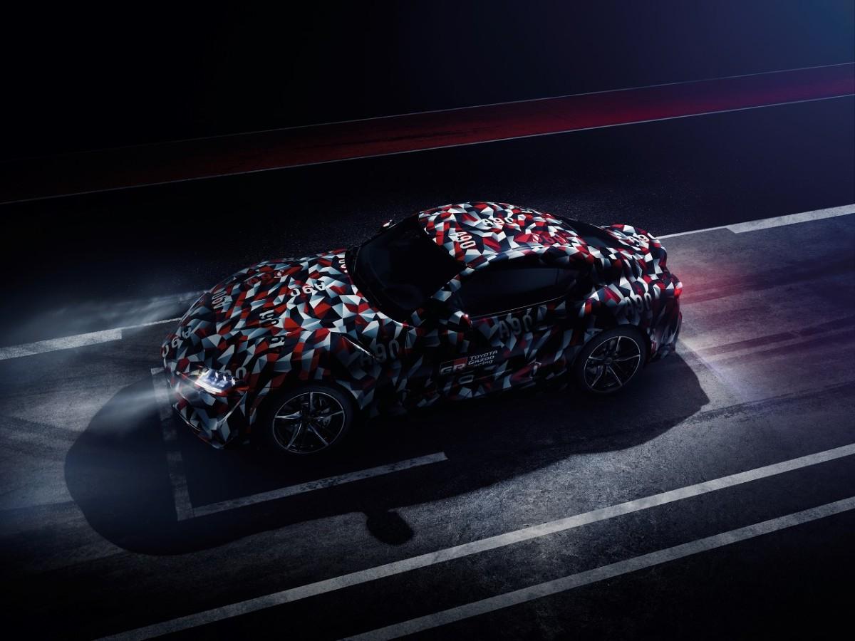Toyota Supra   Premiera Toyoty Supry będzie stanowiła element obchodów jubileuszu słynnego angielskiego święta motoryzacji. Prototyp można zobaczyć w akcji we wszystkie cztery dni festiwalowe podczas tradycyjnego wyścigu górskiego (hill climb). Samochód poprowadzą główny inżynier Testuya Tada, który w największym stopniu odpowiada za rozwój Toyoty Supry, i mistrz kierownicy Herwig Daenens.   Fot. Toyota