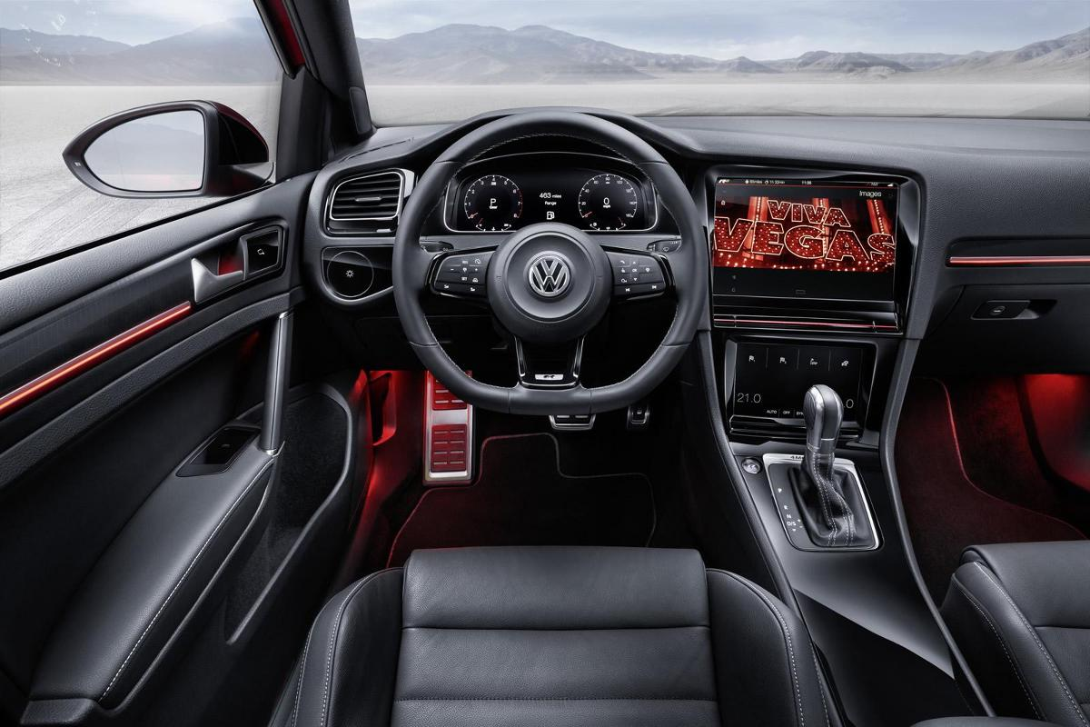 volkswagen golf r touch z multimedialnym wn trzem. Black Bedroom Furniture Sets. Home Design Ideas