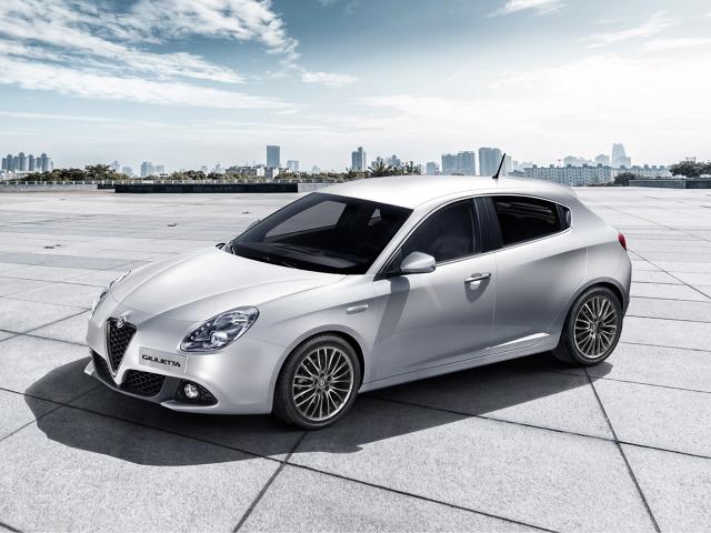 Alfa Romeo Giulietta   77% nabywców Alf w ubiegłym roku stanowili mężczyźni, a 33% kobiety.   Fot. Alfa Romeo