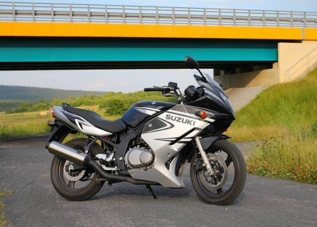 Testujemy używane: Suzuki GS 500 F - nie tylko dla początkujących