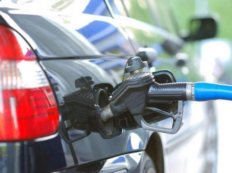 Ceny paliw w regionie Ostrołęki - sprawdź, gdzie zatankować