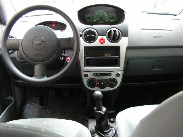 zdjęcie Chevrolet Spark 1.0