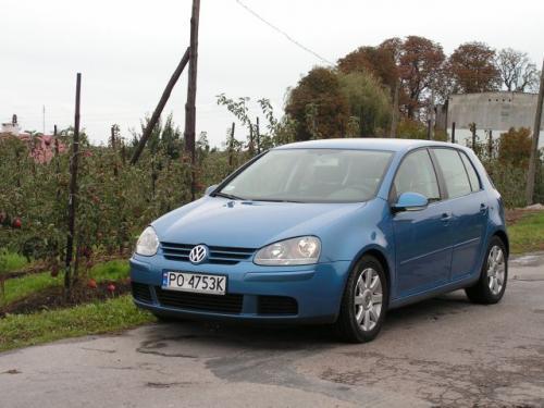 Fot. R.Polit: VW Golf ma nieco nowocześniejszą konstrukcję od Stilo.