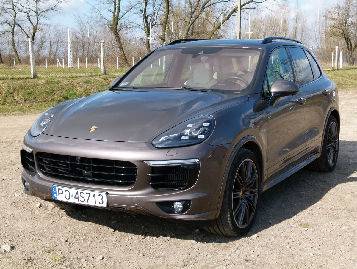porsche cayenne diesel s 4 2 v8 pe nokrwisty sportowiec. Black Bedroom Furniture Sets. Home Design Ideas