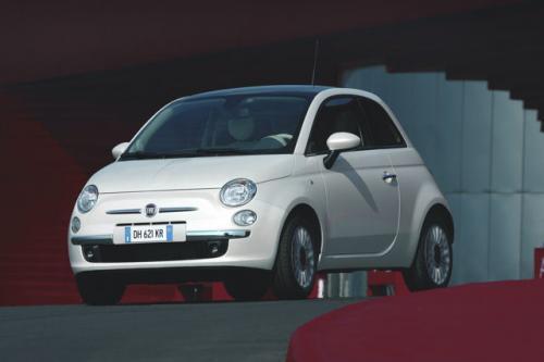 Fot. Fiat: Fiat 500 to z założenia auto miejskie dla kobiet i w tym sprawdza się znakomicie