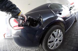 Ceny paliw. Spadki cen wyhamują?