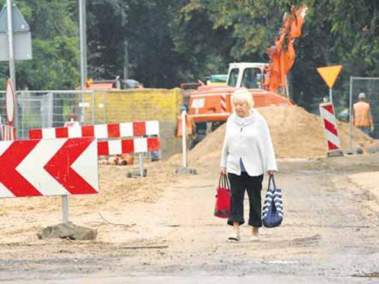 Koszalin: Przebudowa Moniuszki potrwa do sierpnia 2012